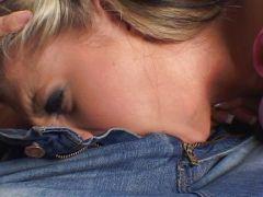 Blondine Harter Deepthroat
