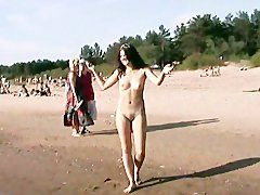 Nackte Tatsachen am Strand